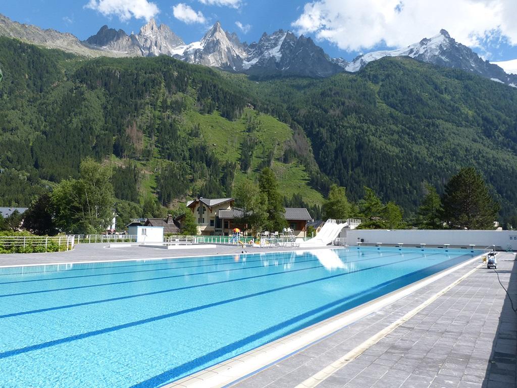 Ouverture des bassins exterieurs de la piscine de chamonix for Chamonix piscine
